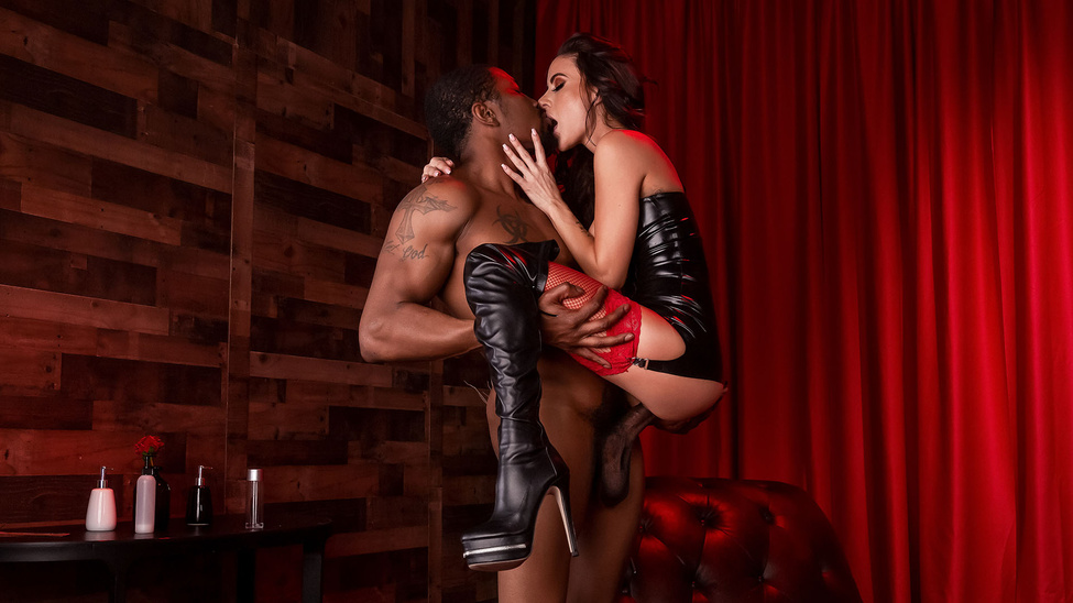 Red Light Romp (Gia Dimarco, Isiah Maxwell) [Brazzers]