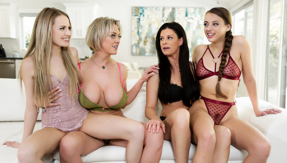 [MommysGirl] India Summer, Scarlett Sage, Gia Derza, Dee Williams (Mother's Day Blues / 05.09.2020)
