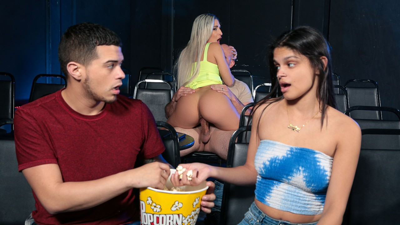 The Pirate Gets The Booty (Jmac, Abella Danger) [RealityKings]