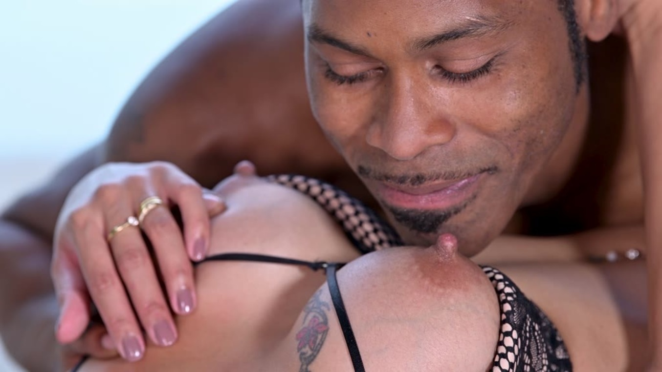 Exotic Asian Babe Polly Pons Craves Hardcore Fucking With Big Black Cock (Polly Pons, Darrel Deeps) [DDFNetwork]