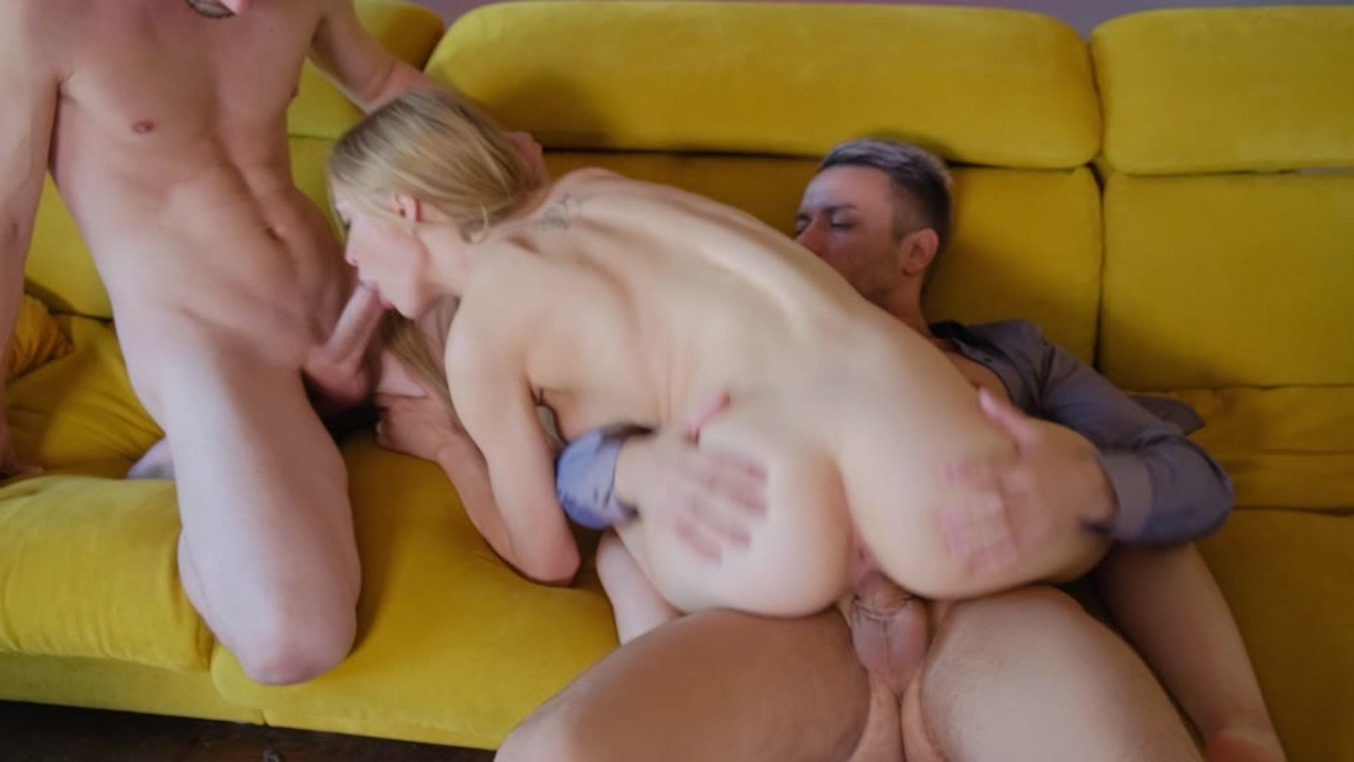 [HandsOnHardcore] Loren Strawberry (Nympho Newcomer Made To Be In The Middle Of Two Cocks / 10.03.2020)