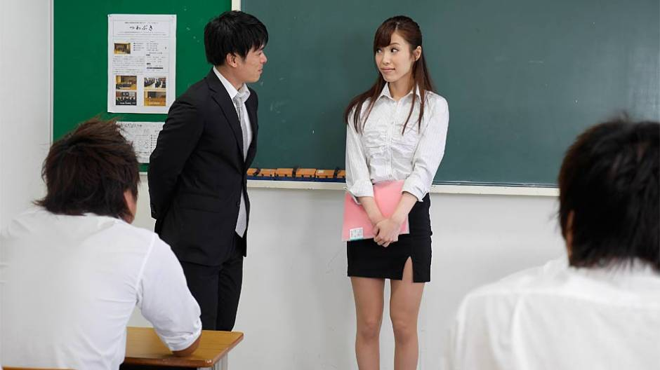 [HotTeacher] Yura Hitomi (A Beautiful Teacher So Excited To Help Her Students Learn / 11.26.2020)