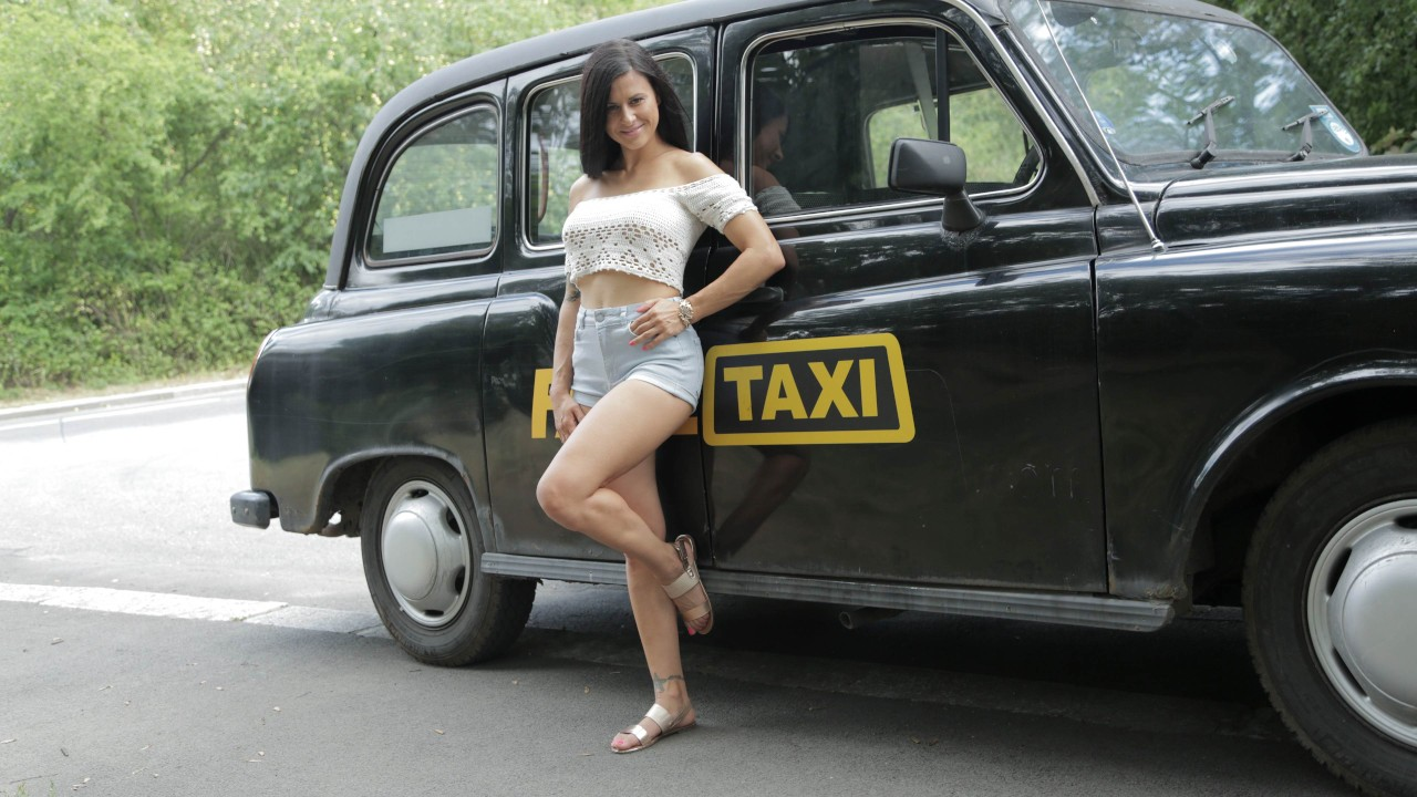 [FemaleFakeTaxi] Billie Star (Time To Party In Billie's Taxi / 01.27.2021)