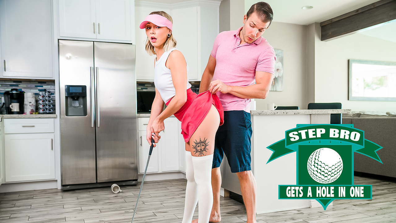 [StepSiblingsCaught] Chloe Temple (Step Bro Gets A Hole In One – S16:E2 / 01.31.2021)