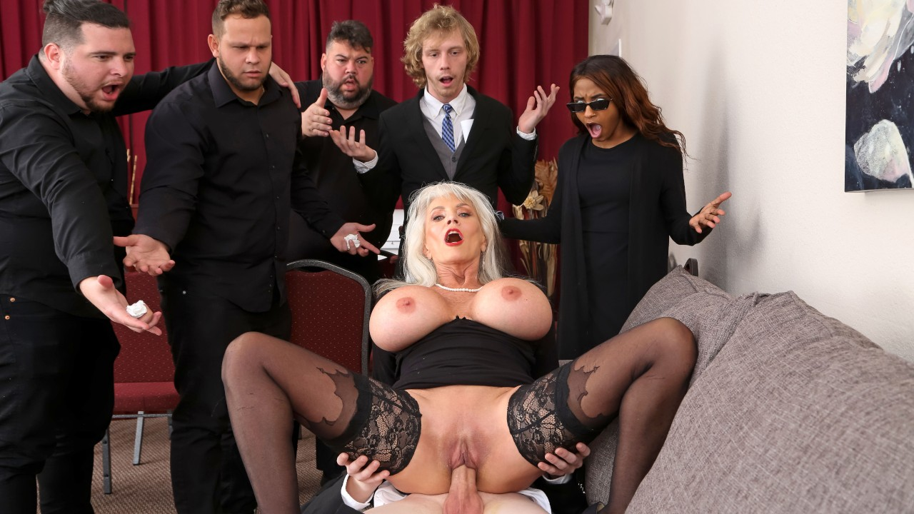 [BrazzersExxtra] Sally D'Angelo (Burying The Dick 10 Inch Deep / 03.23.2021)