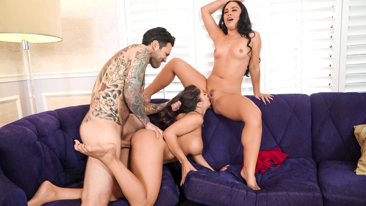 [BrazzersExxtra] Kristina Rose, Tru Kait (Two Wives, One Cock / 04.17.2021)